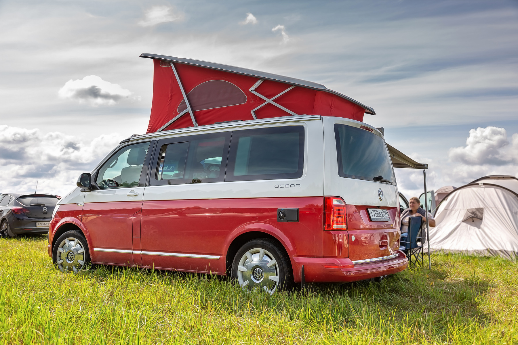 where to find a vw california leisure battery