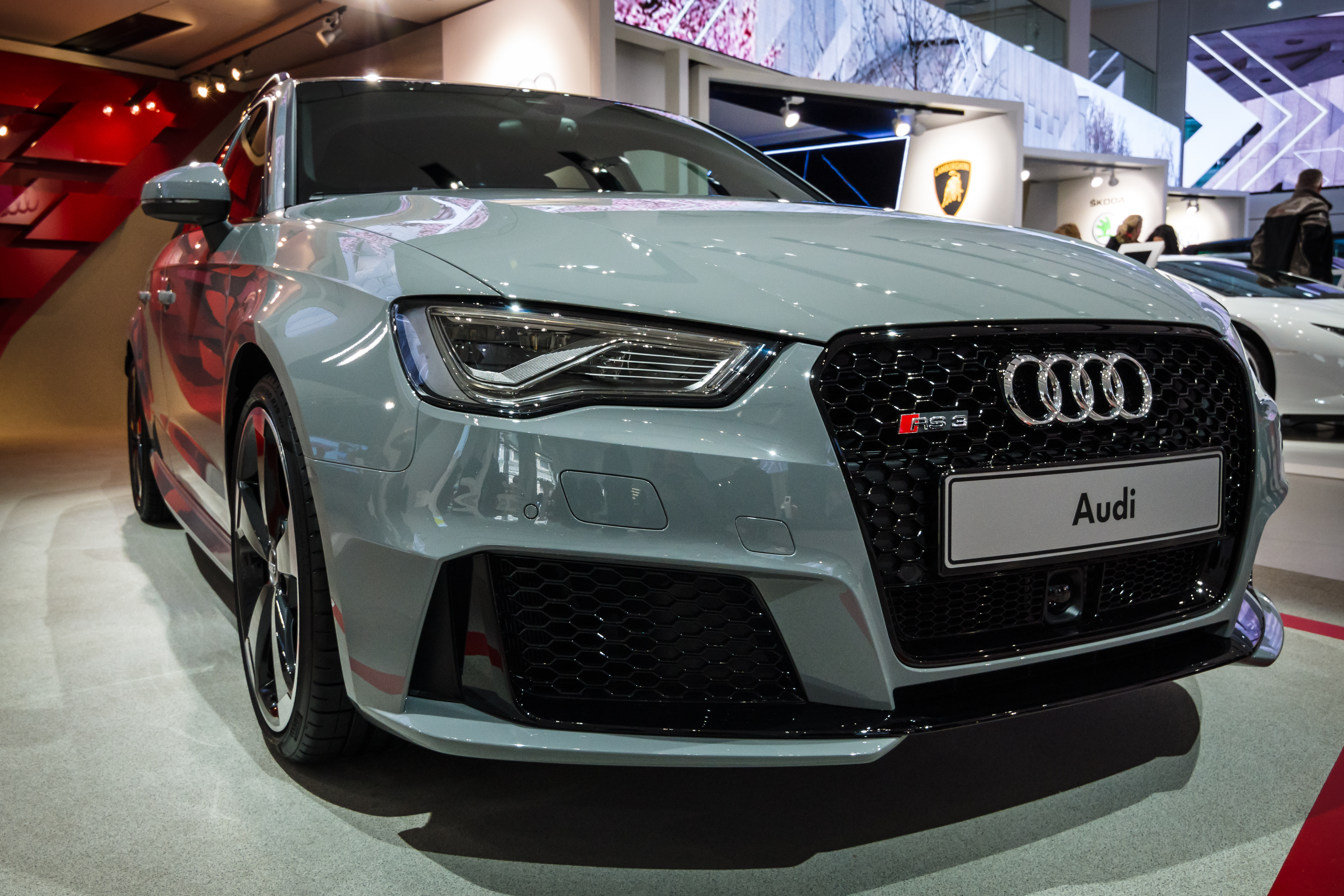 what is the price of a genuine audi battery