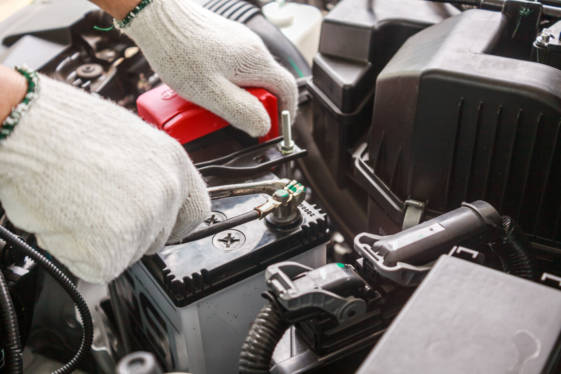 where to find the best price on car batteries