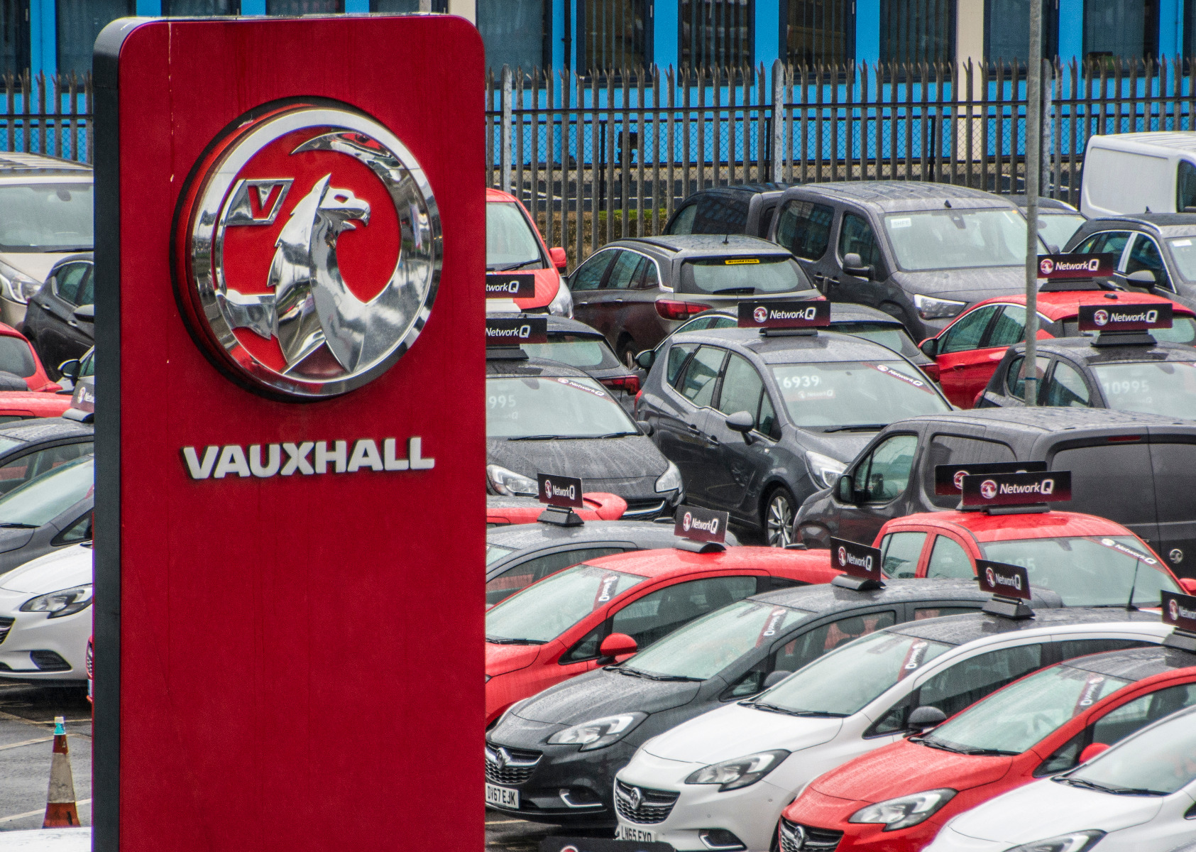 where to find a genuine Vauxhall car battery
