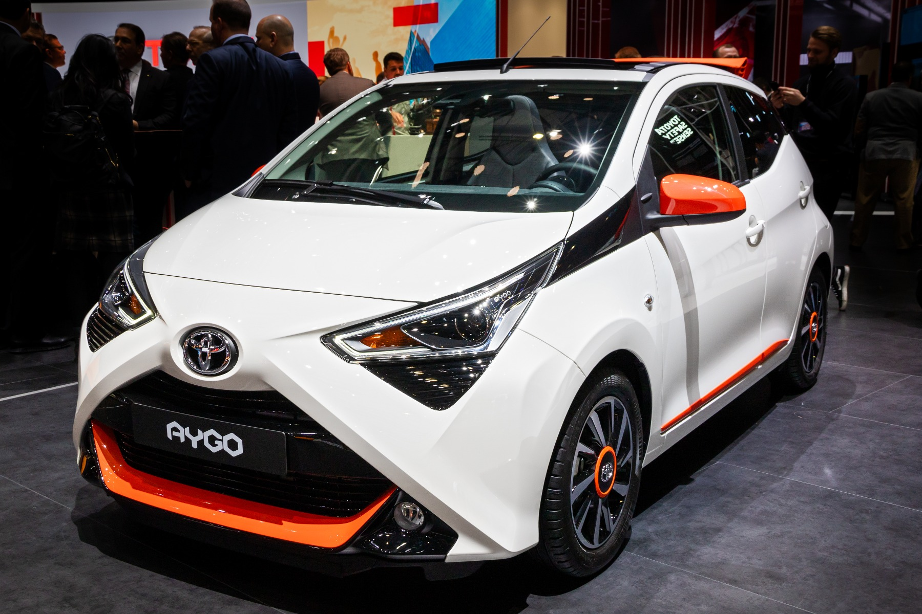 where to find toyota aygo car battery