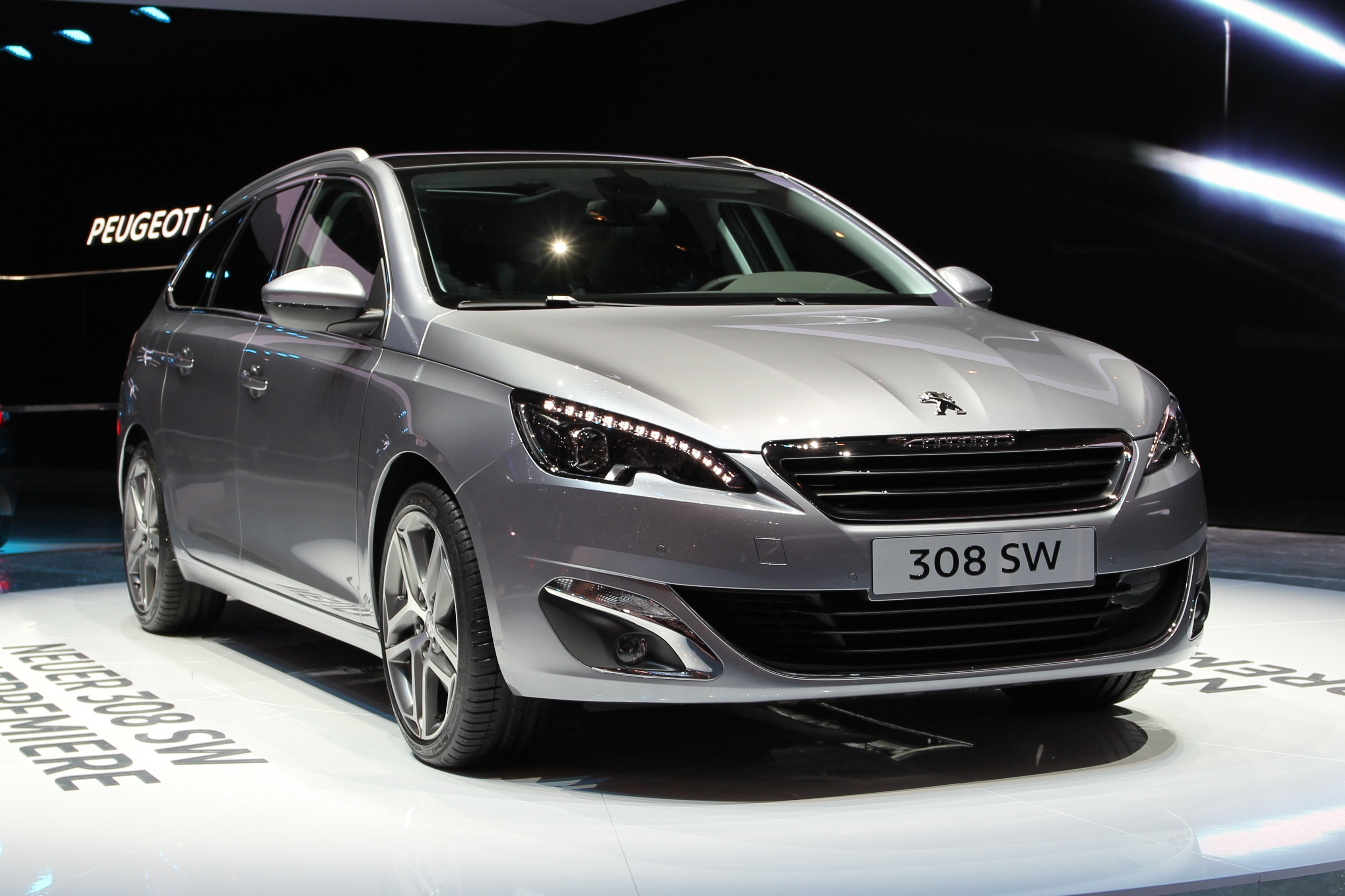 who offers the best battery for peugeot cars