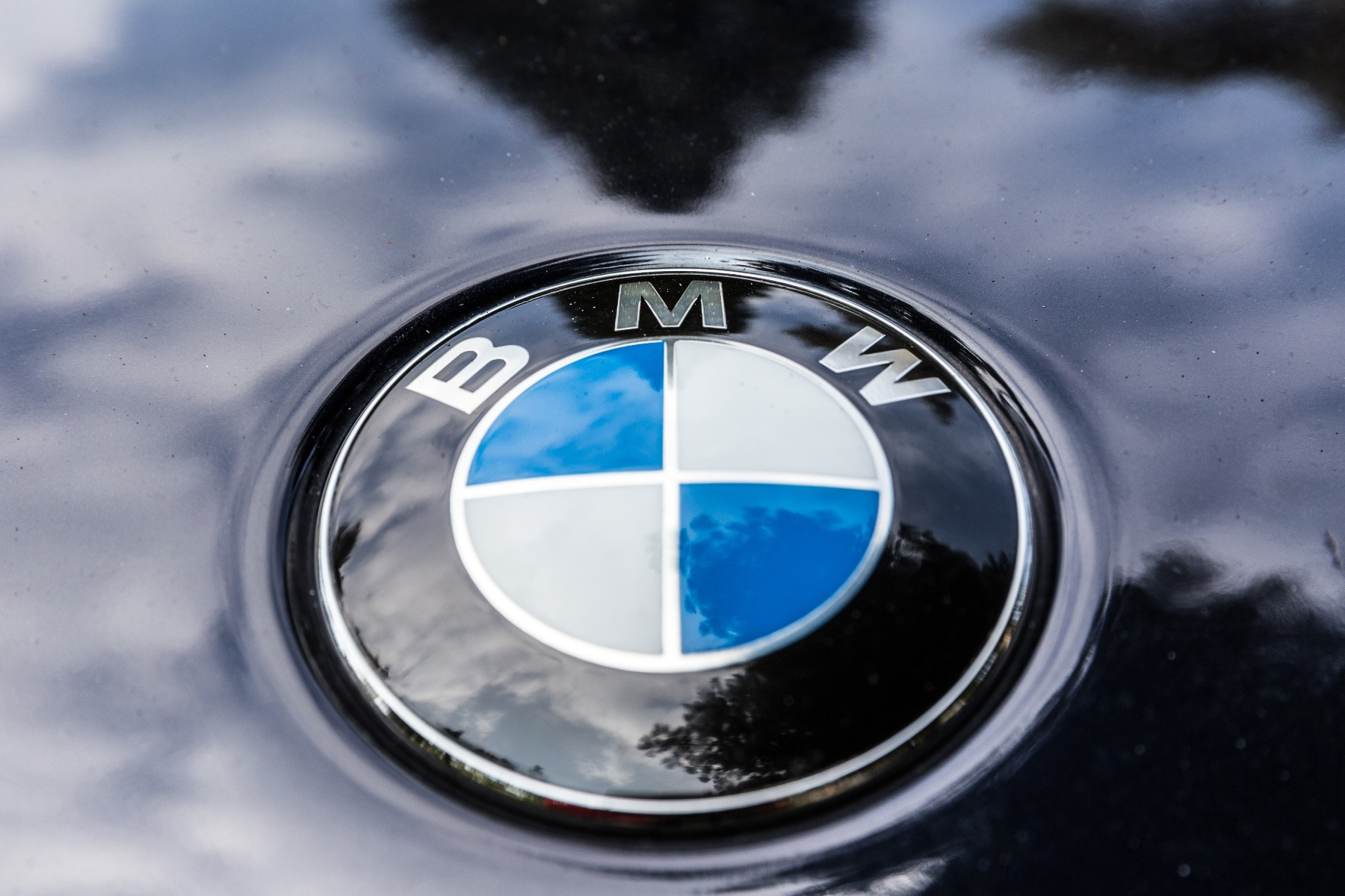 how to find the cheapest bmw battery price