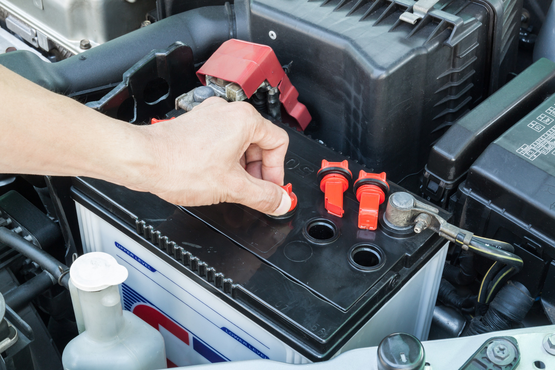 what is the average cost for a car battery