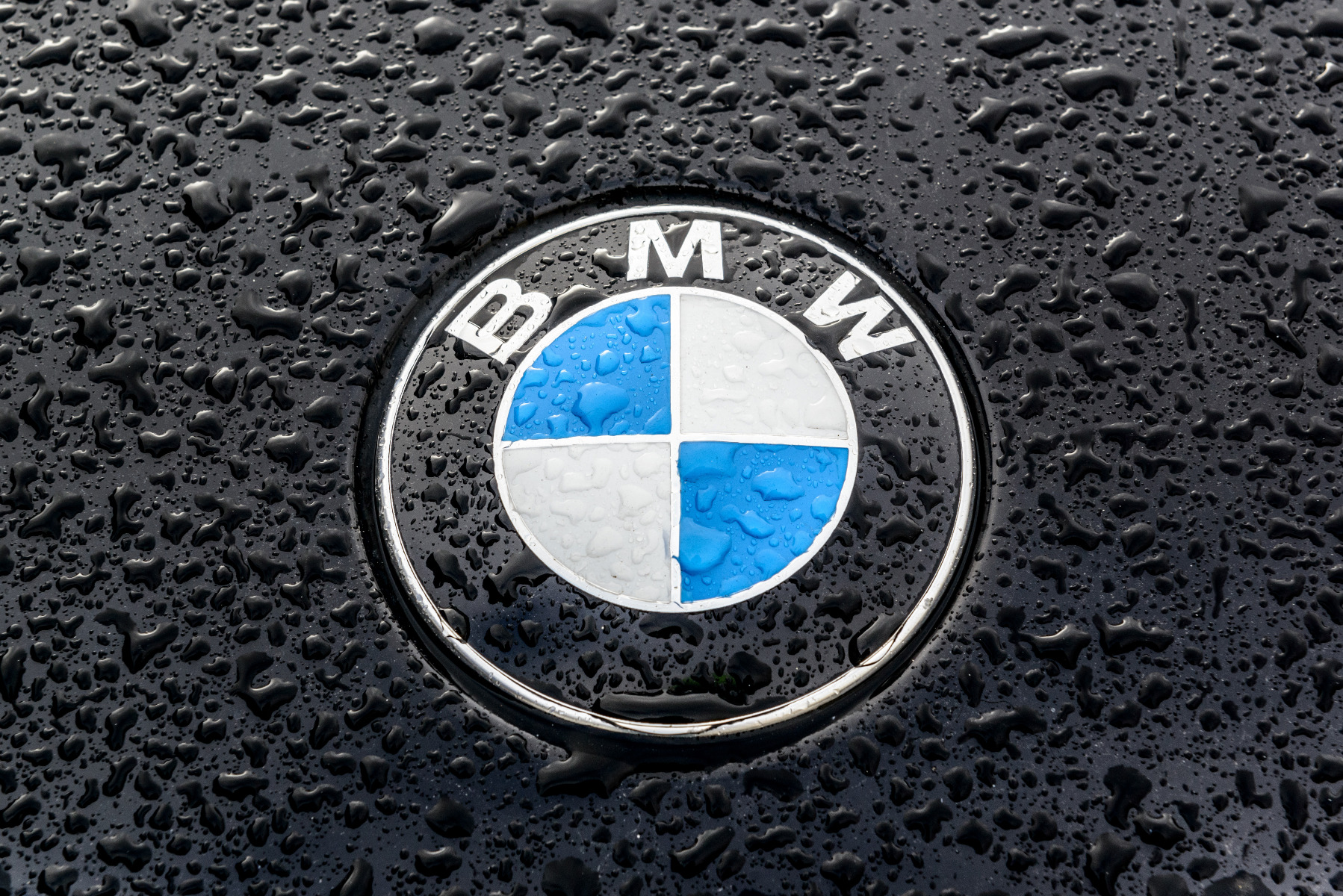 what are the benefits of getting a genuine bmw battery