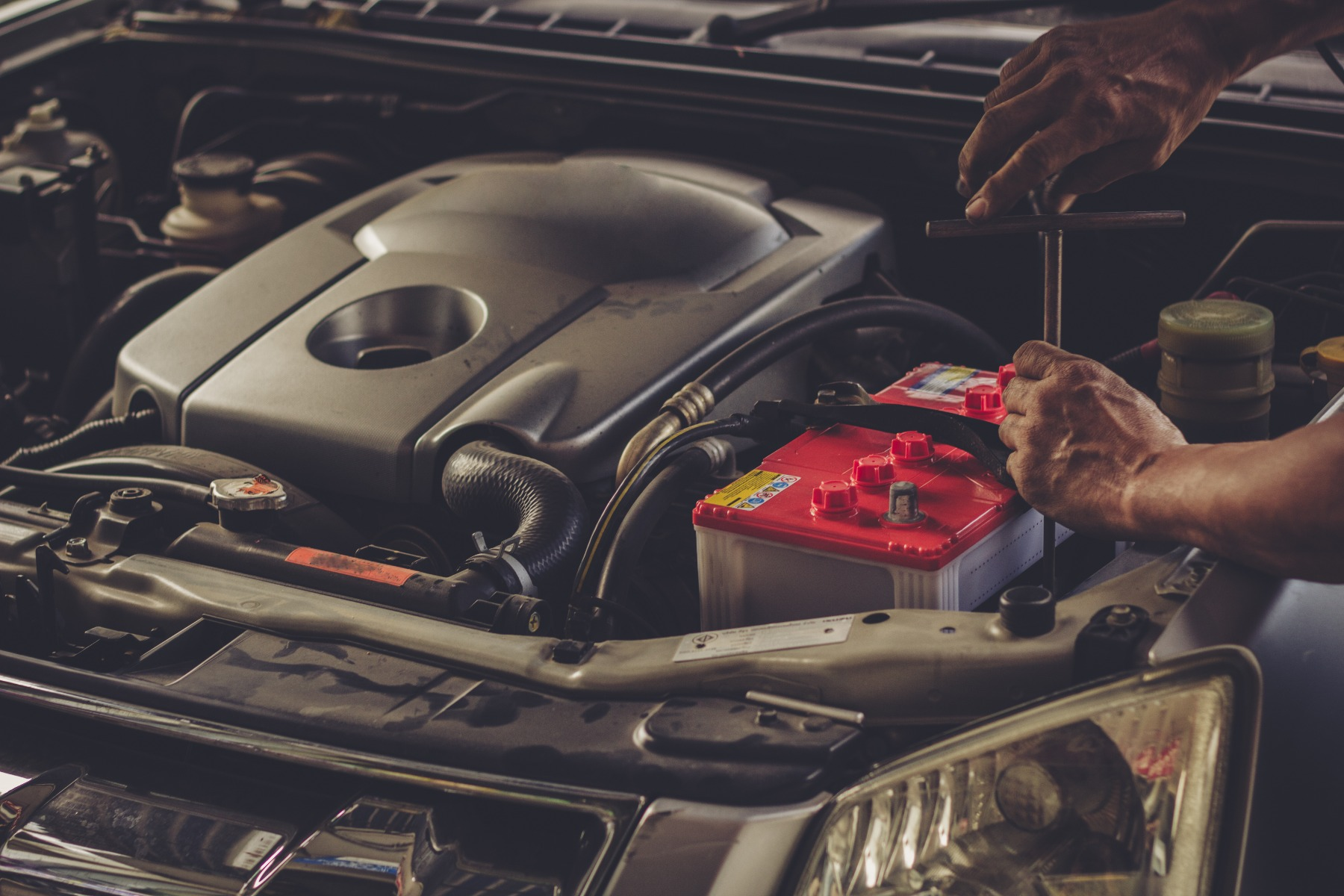 what is the best car battery in the uk