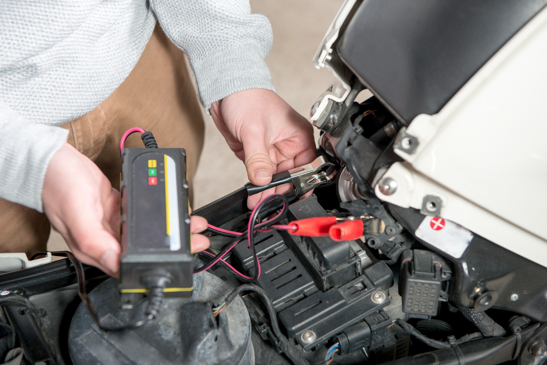 which best motorcycle battery uk to choose