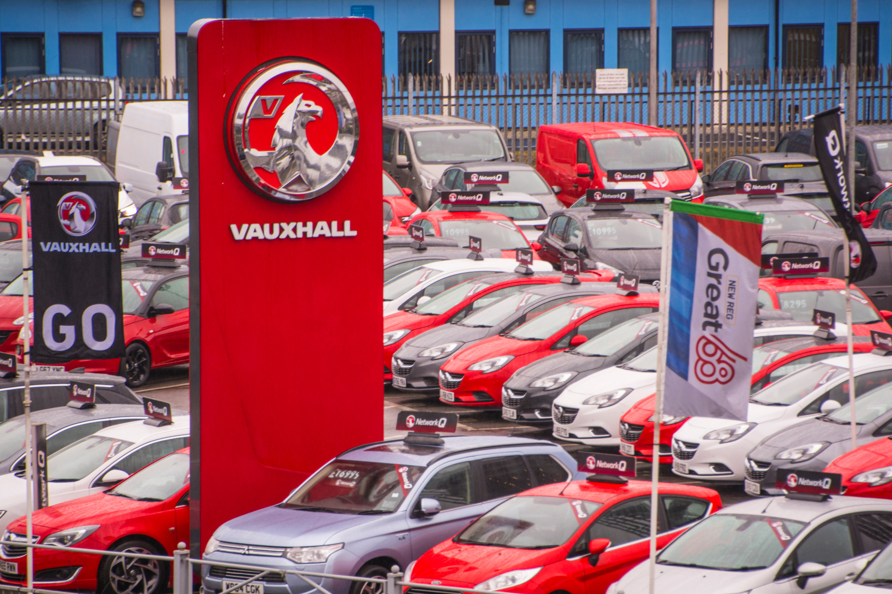 how to check vauxhall battery prices