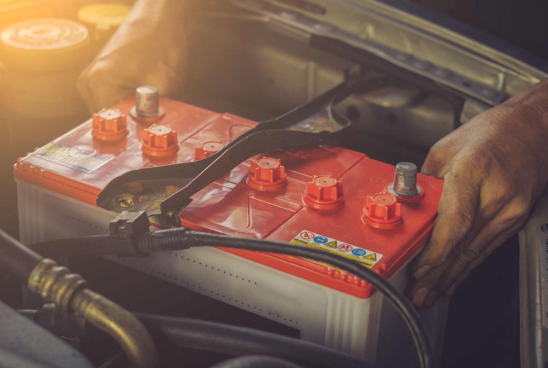 who has the best new car battery prices